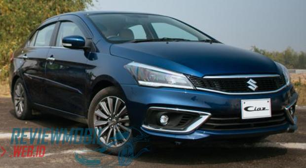 Review Suzuki Ciaz 1.5 Hybrid